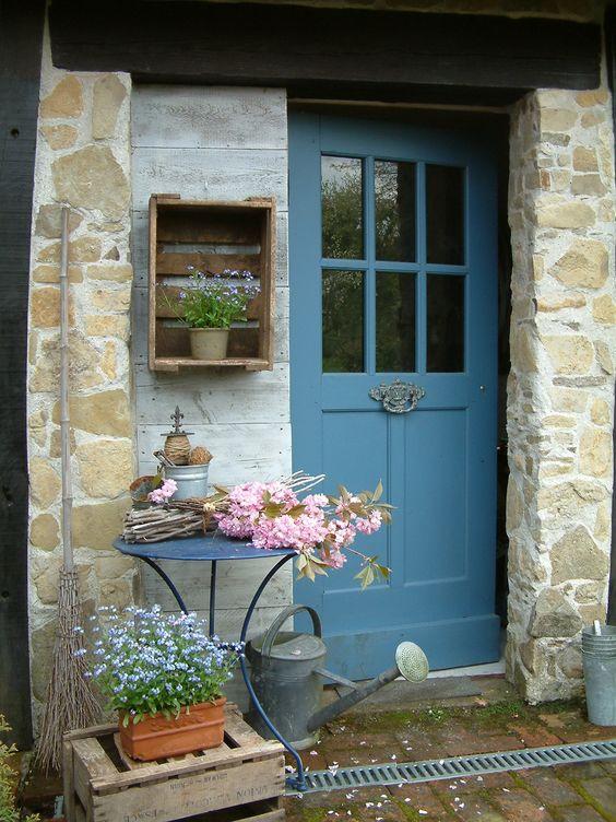 blue cottagedoor